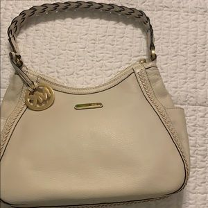 Like New Michael Kors purse - good deal !